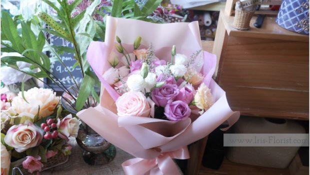 ช่อดอกไม้พาสเทล