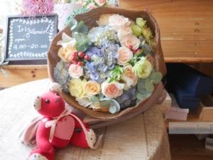 ช่อดอกไม้โทนสีหวาน