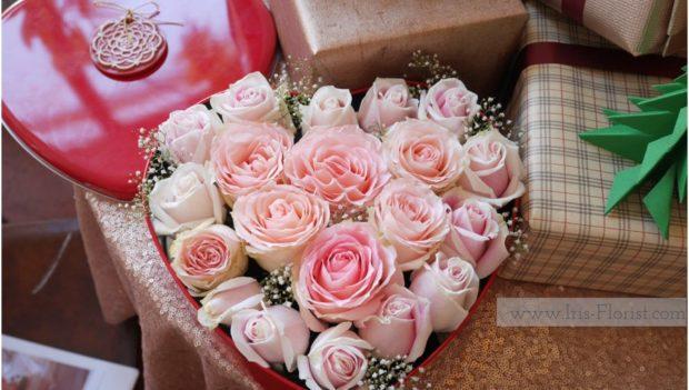 กล่องดอกไม้รูปหัวใจ